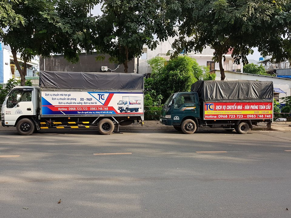 Đội ngũ xe taxi tải thân thiện