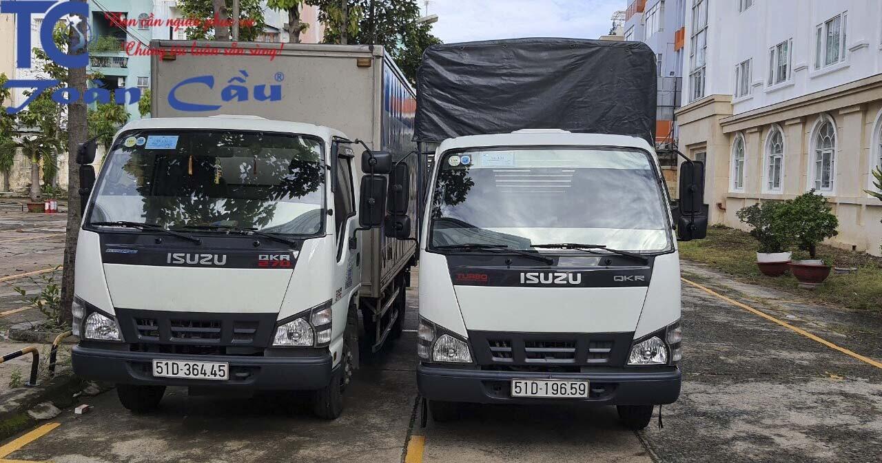 Xe tải 2 tấn chở hàng chuyển nhà